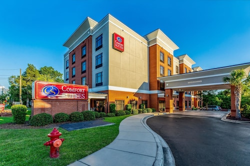 Check Expedia for Availability of Comfort Suites Lexington