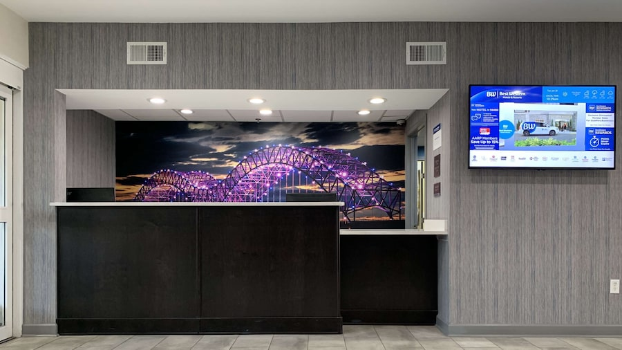 Best Western Plus Olive Branch Hotel & Suites