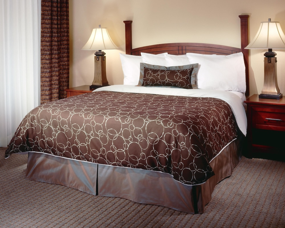 Room, Staybridge Suites Akron-Stow-Cuyahoga Falls, an IHG Hotel