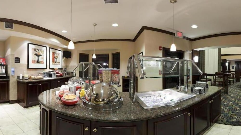 Buffet, Staybridge Suites Akron-Stow-Cuyahoga Falls, an IHG Hotel