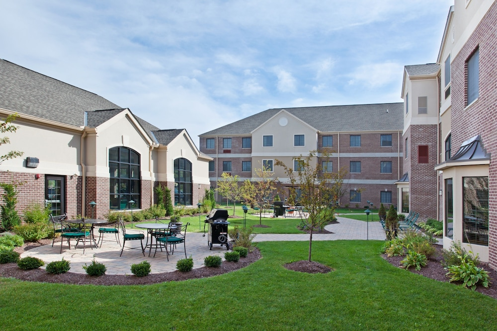 Property Grounds, Staybridge Suites Akron-Stow-Cuyahoga Falls, an IHG Hotel