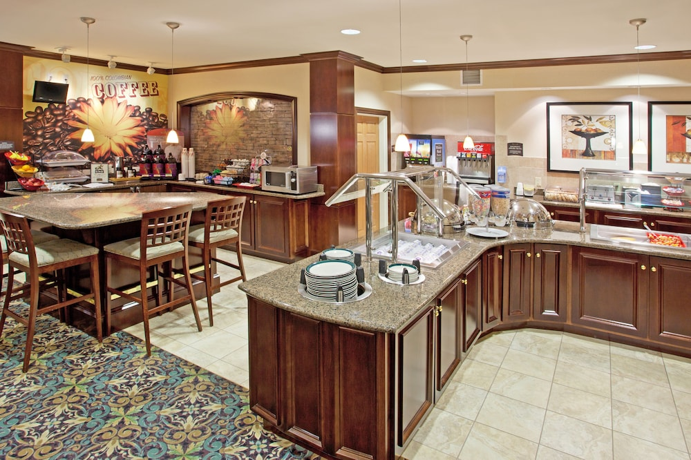 Breakfast Meal, Staybridge Suites Akron-Stow-Cuyahoga Falls, an IHG Hotel