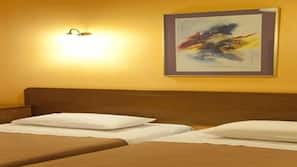 Minibar, Zimmersafe, Bügeleisen/Bügelbrett, kostenlose Babybetten