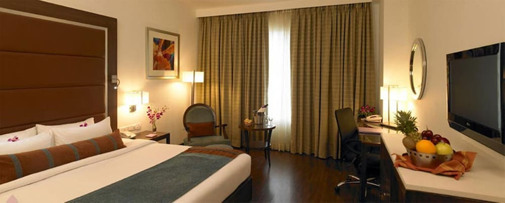 Room, Royal Orchid Central Pune