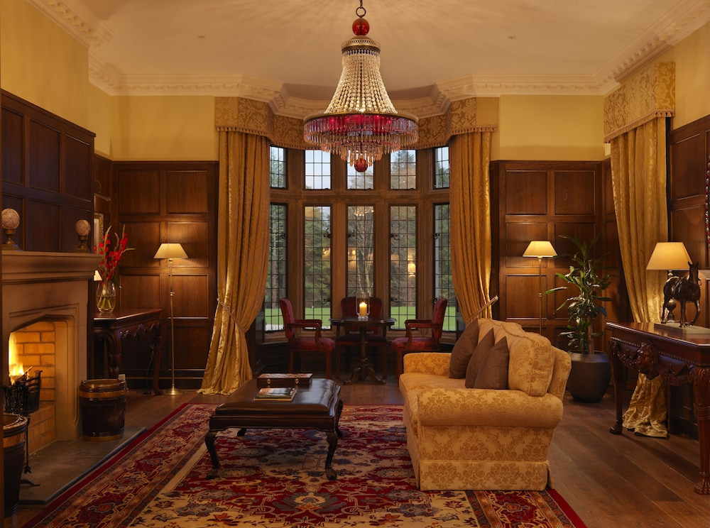 Lobby, Lough Eske Castle