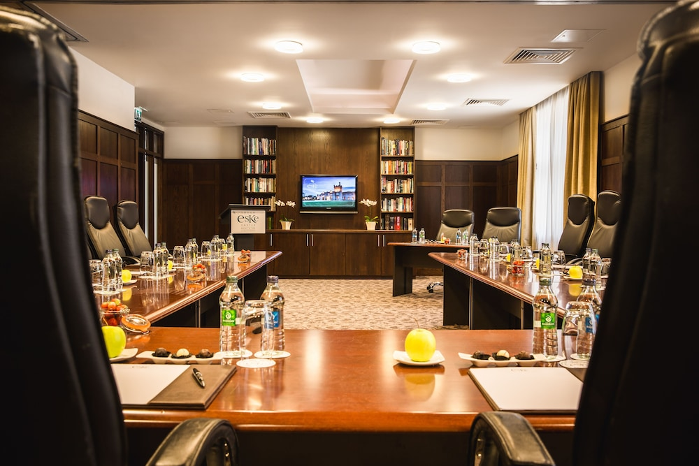Business Center, Lough Eske Castle