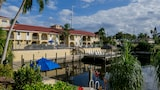 Casa Loma Motel on the Waterfront - Cape Coral Hotels