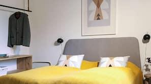 Bügeleisen/Bügelbrett, kostenloses WLAN, Bettwäsche