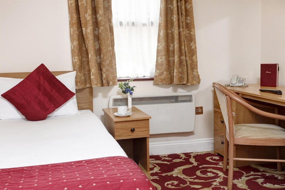 best western london ilford hotel 2018 room prices from 38 deals