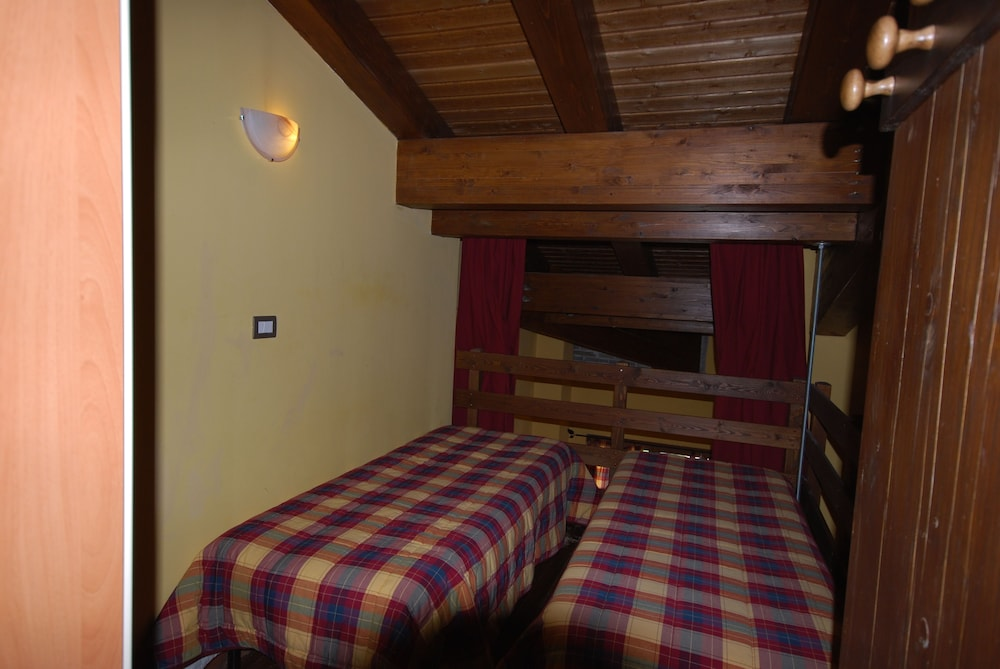 Room, Chalet Edelweiss