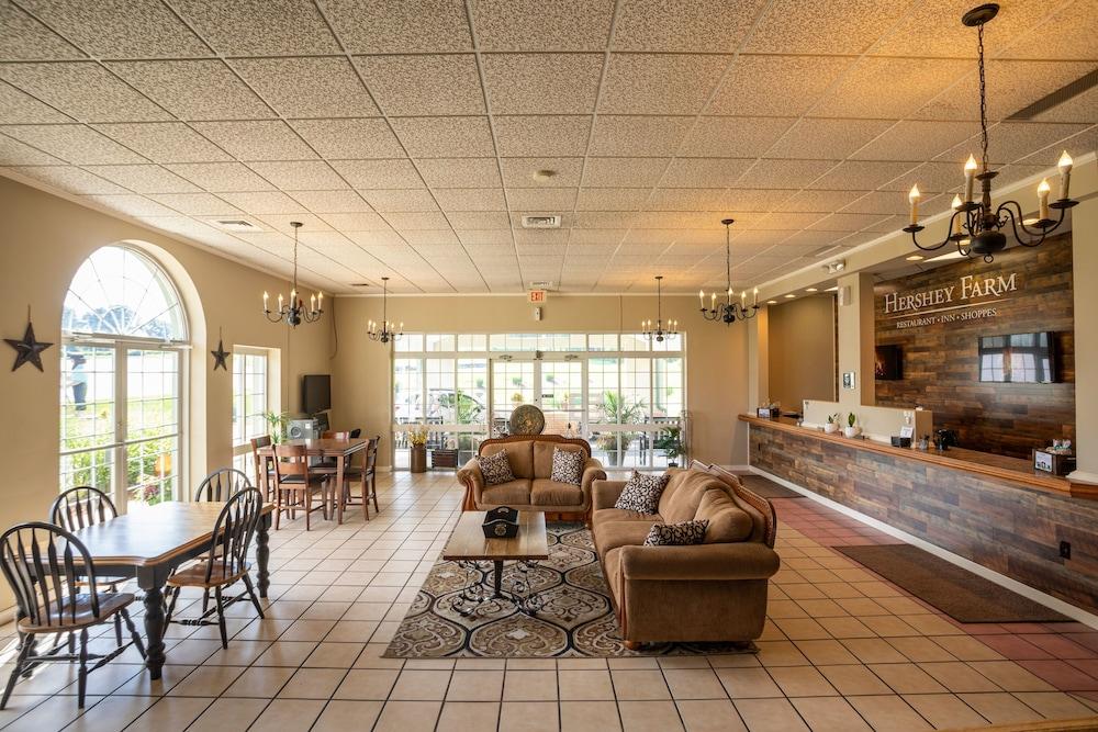 Hershey Farm Restaurant & Inn in Lancaster, PA | Expedia