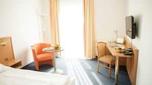 Select-Comfort-Betten, Minibar, Zimmersafe, individuell dekoriert