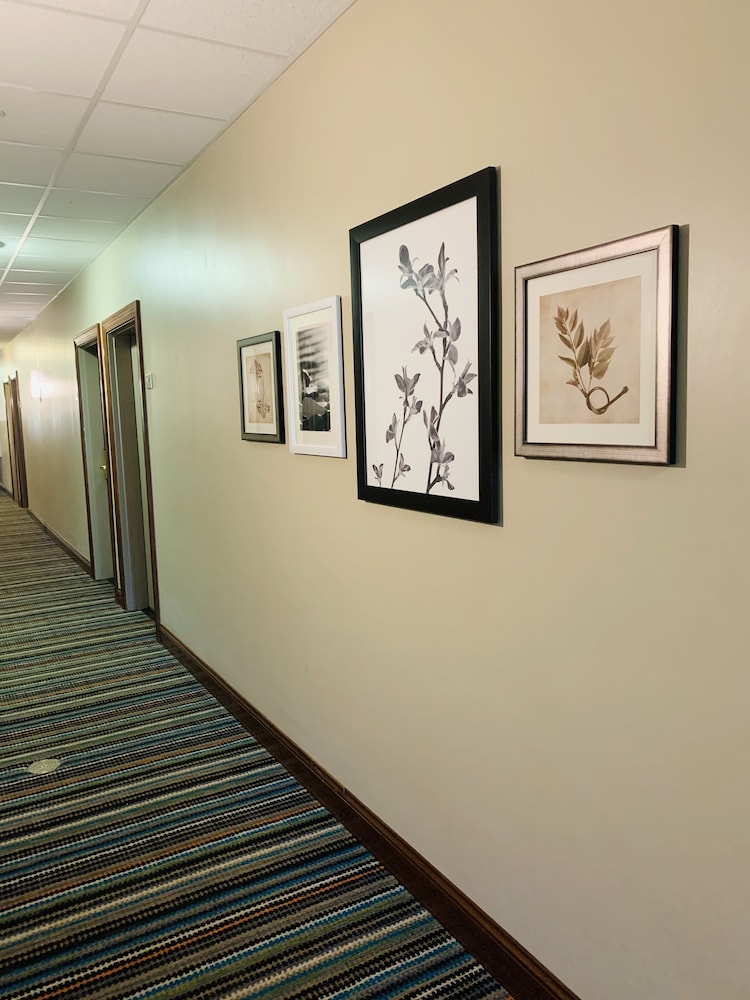 Hallway, Country Inn & Suites by Radisson, Ithaca, NY