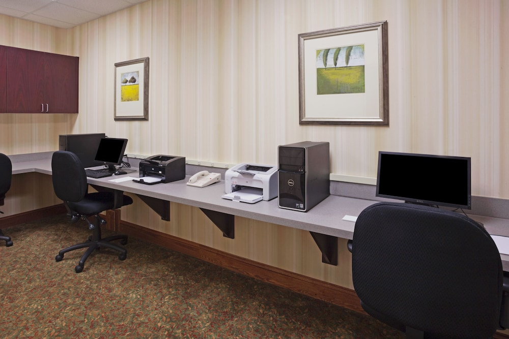 Business Center, Country Inn & Suites by Radisson, Ithaca, NY