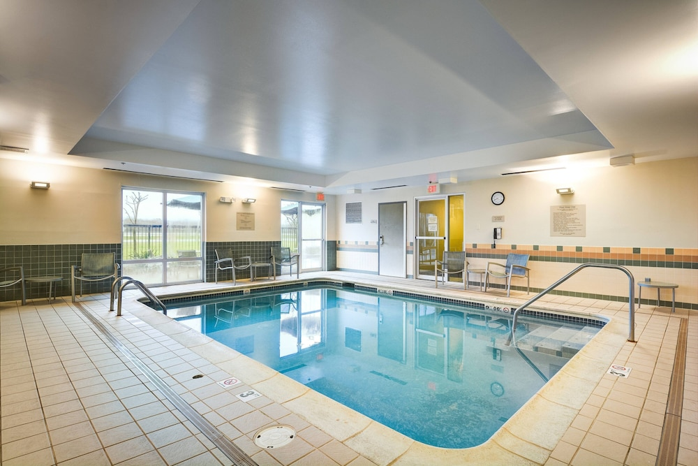 Pool, SpringHill Suites Shreveport-Bossier City/Louisiana Downs