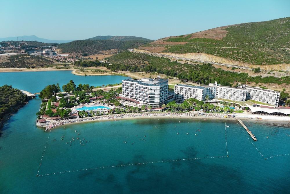 Kusadasi Hotels On The Beach