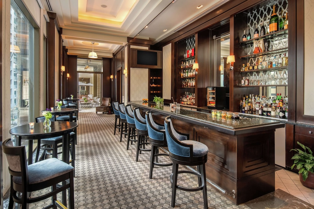 Bar, Waldorf Astoria Atlanta Buckhead