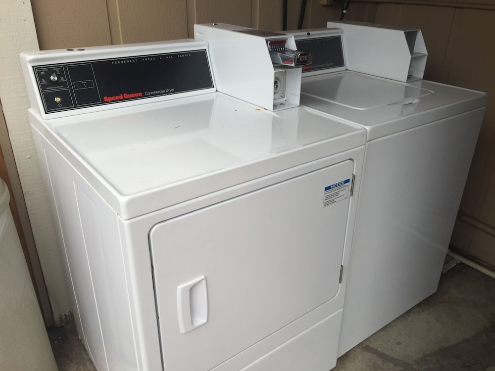 Laundry Room, Travelodge by Wyndham Angels Camp CA