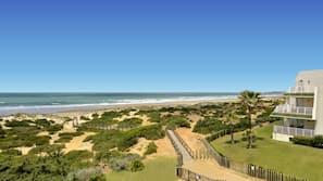 Na praia, bar na praia