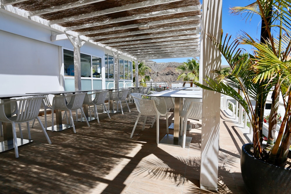 Dining, Canaima Apartments - Adults Only