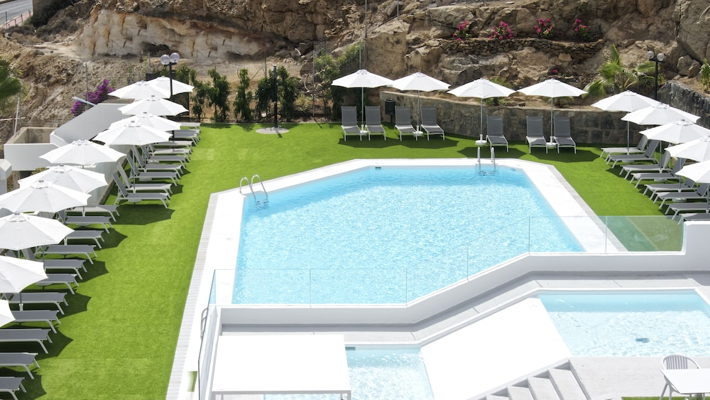 Outdoor Pool, Canaima Apartments - Adults Only