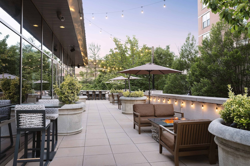 Terrace/Patio, The Westin Reston Heights