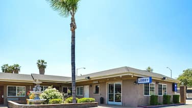 Americas Best Value Inn & Suites San Bernardino