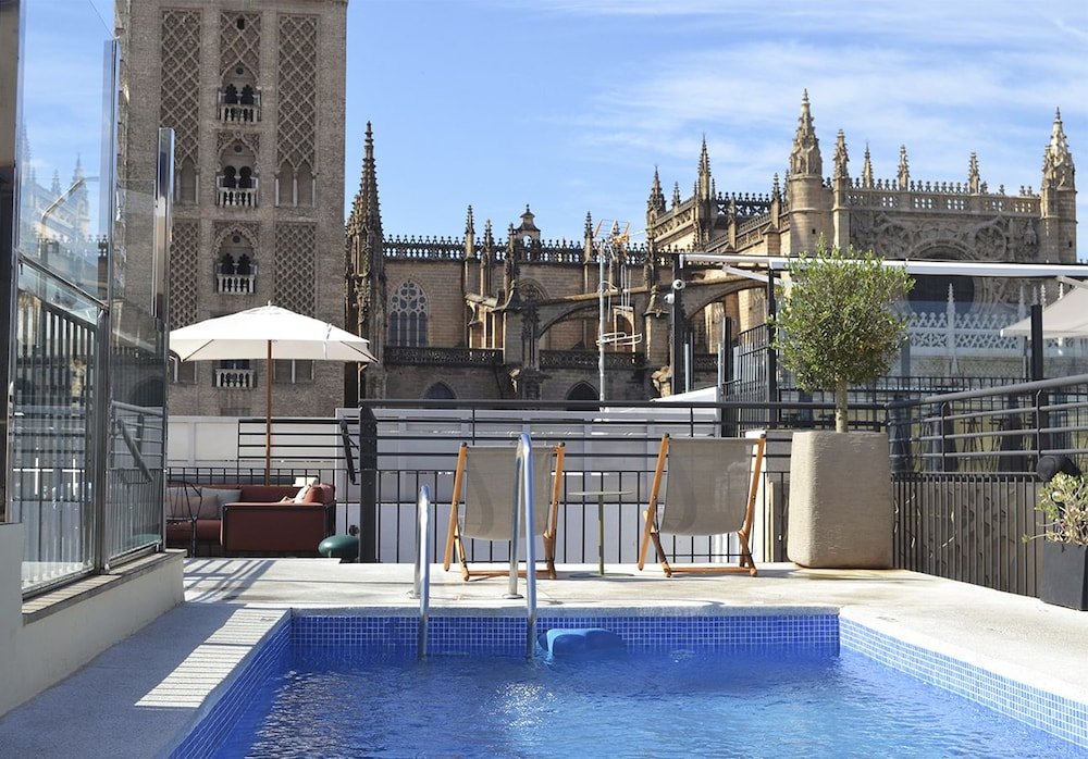 Eme Catedral Hotel In Seville Hotel Rates Reviews On Orbitz