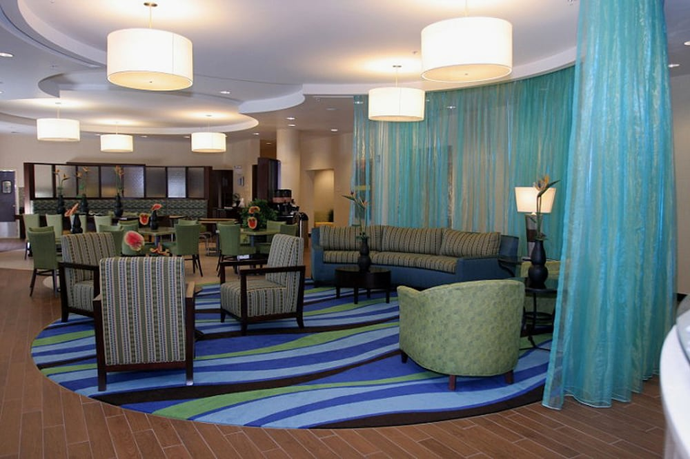 Lobby, SpringHill Suites by Marriott Birmingham Colonnade