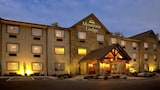 Mountain Lodge & Conference Center - Flat Rock Hotels