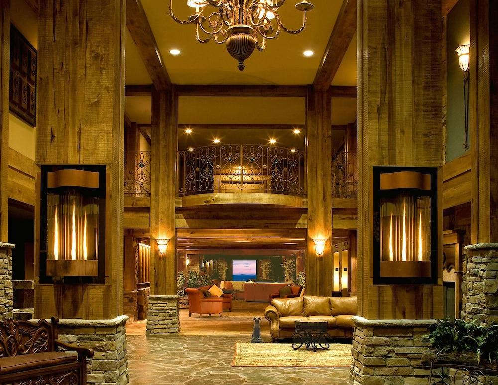 Grand Cascades Lodge In Hamburg Cheap Hotel Deals Rates Hotel