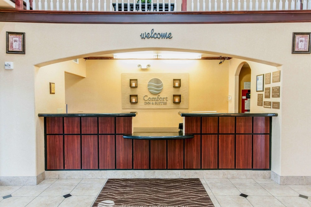 Lobby, Comfort Inn & Suites Texas City