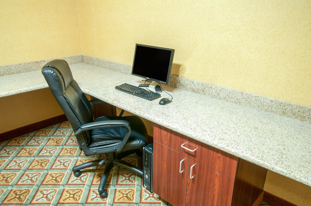 Business Center, Comfort Inn & Suites Texas City
