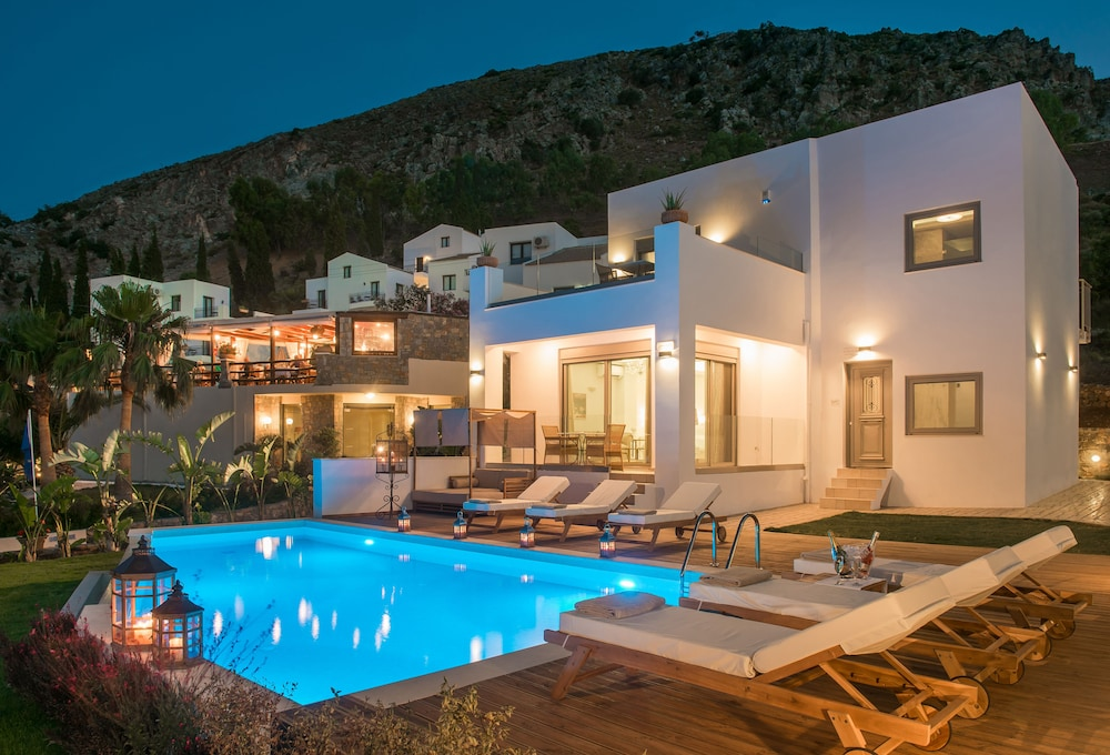 Creta blue boutique hotel in heraklion hotel rates for Boutique hotel crete