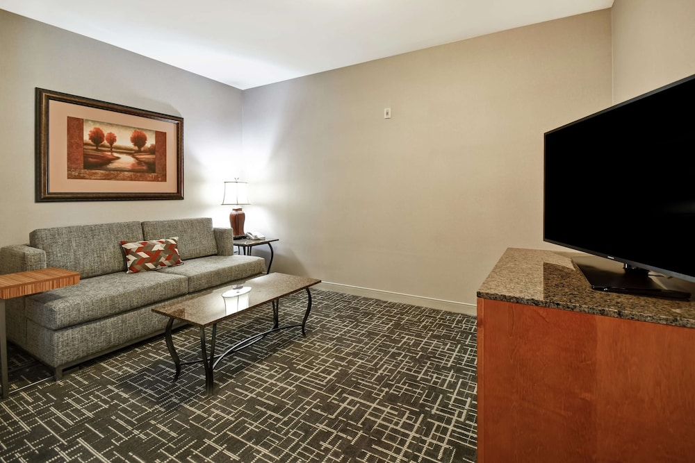 Living Area, Hampton Inn & Suites Salt Lake City-West Jordan