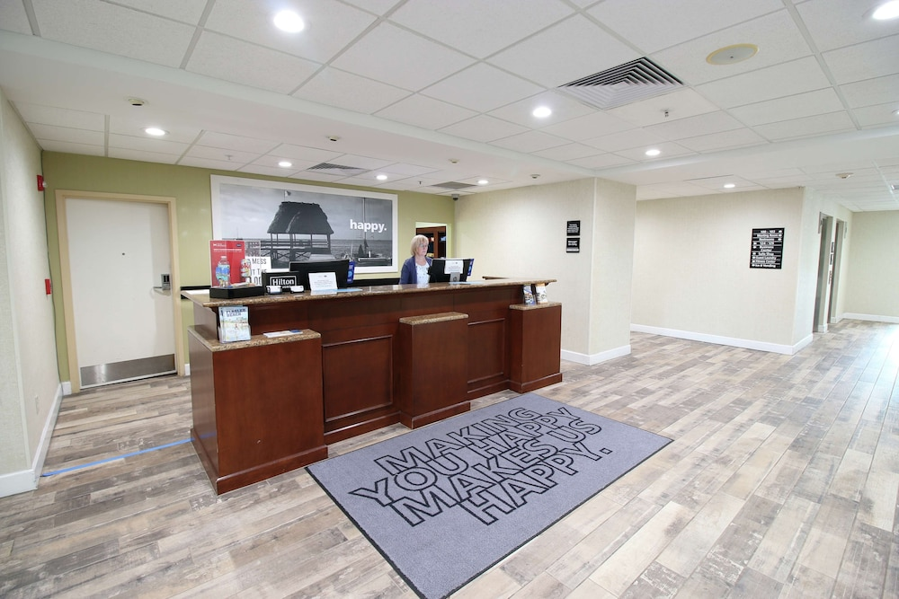 Reception, Hampton Inn & Suites Palm Coast