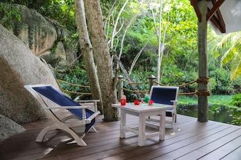 Anse Petite Cour, Praslin, Seychelles.
