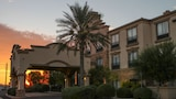 GreenTree Inn & Suites Florence - Florence Hotels