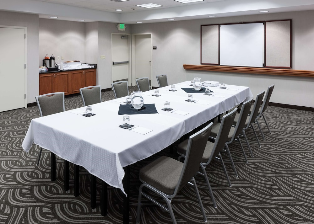 Meeting Facility, Hampton Inn And Suites Tulare