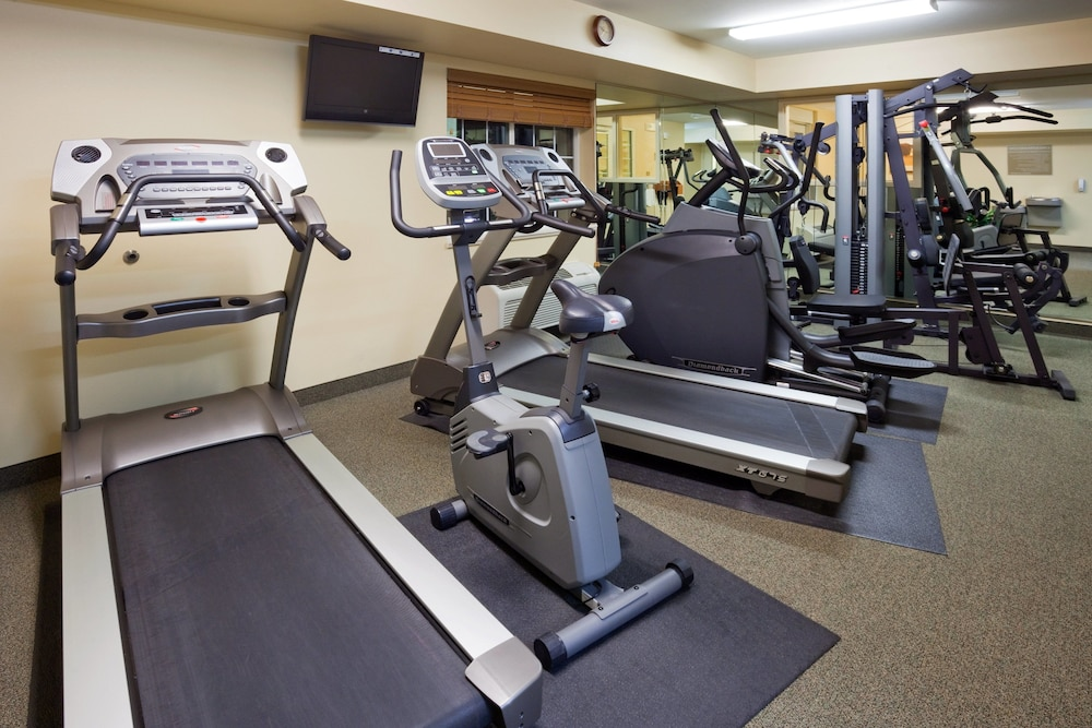 Fitness Facility, Candlewood Suites Milwaukee Brown Deer, an IHG Hotel