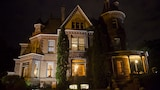 The Henderson Castle - Kalamazoo Hotels