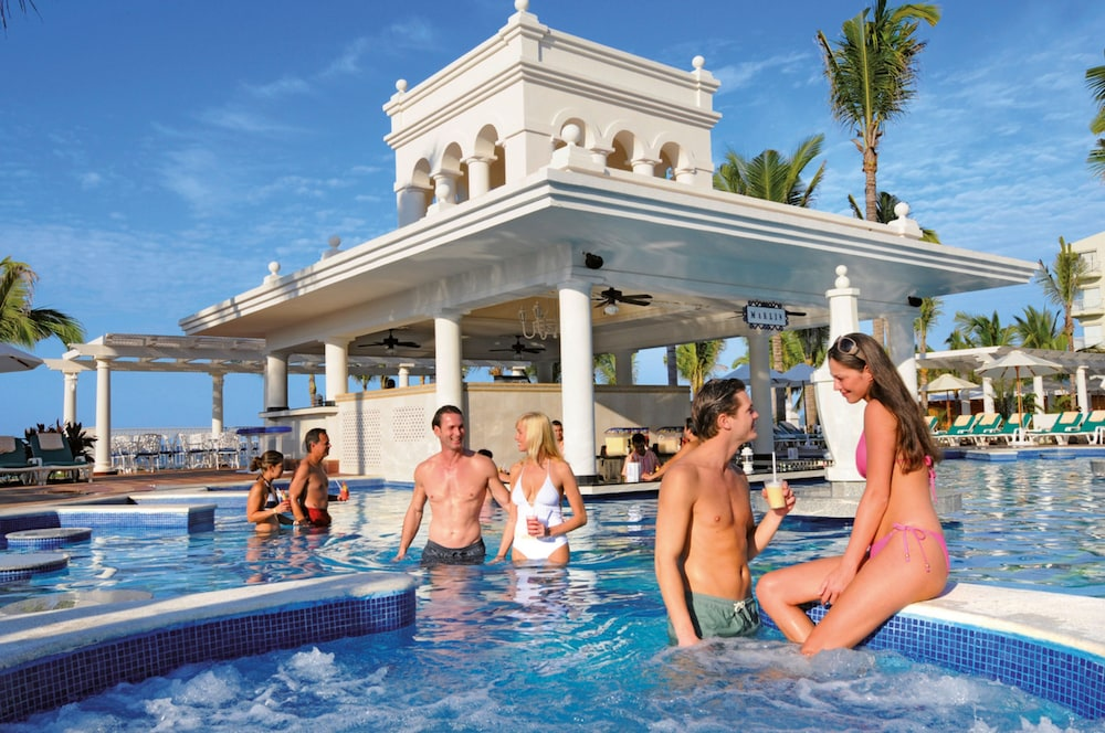 Outdoor Pool, Riu Palace Pacifico All Inclusive
