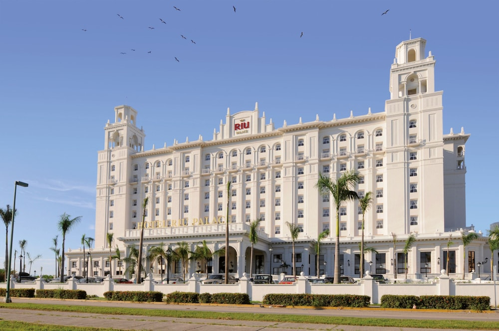 Front of Property, Riu Palace Pacifico All Inclusive