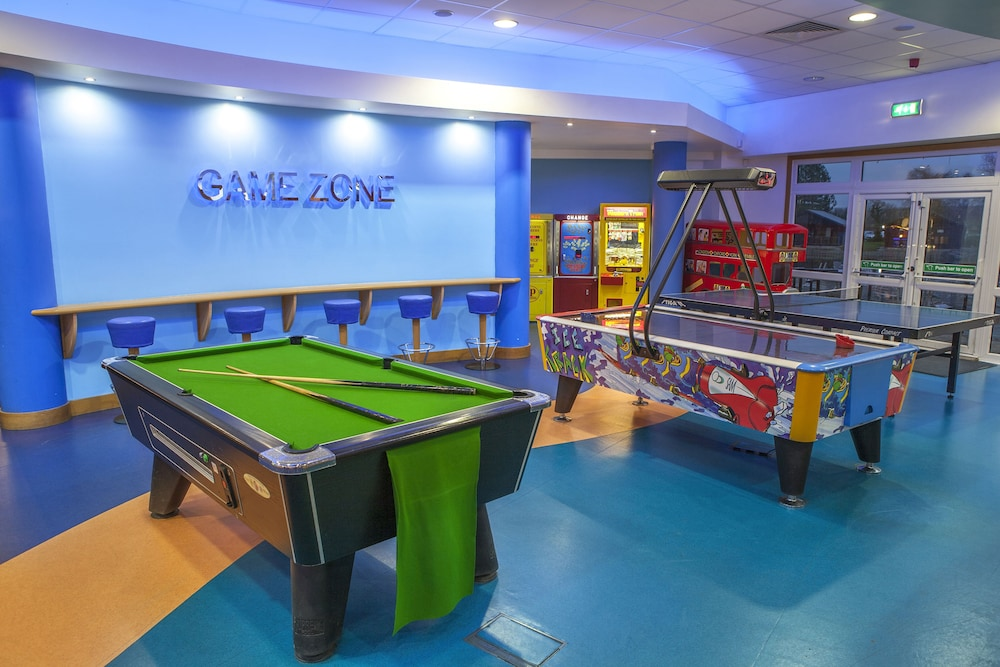 Billiards, Pine Lake by Diamond Resorts