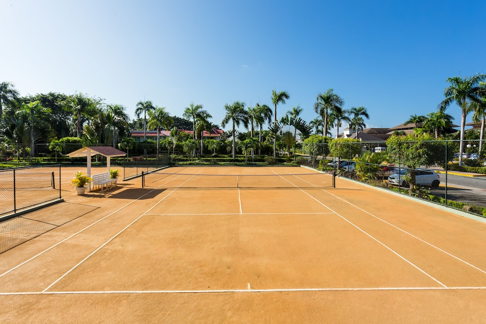 Tennis Court, Bahia Principe Luxury Ambar - Adults Only - All Inclusive