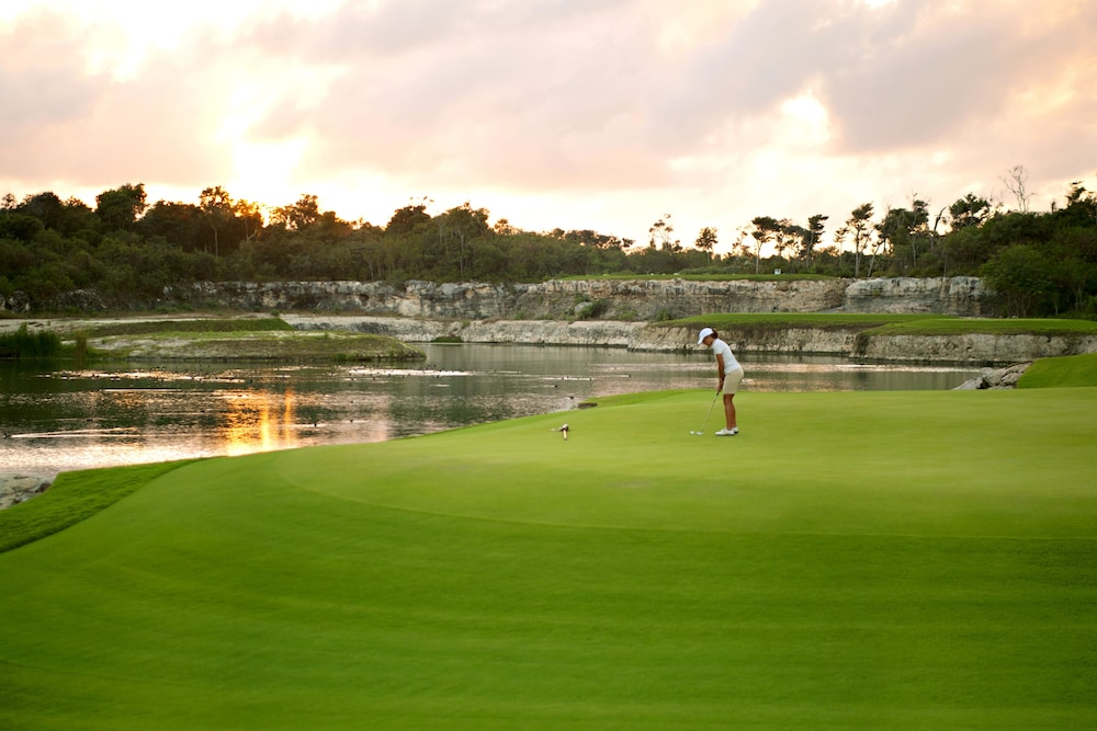 Golf, Bahia Principe Luxury Ambar - Adults Only - All Inclusive