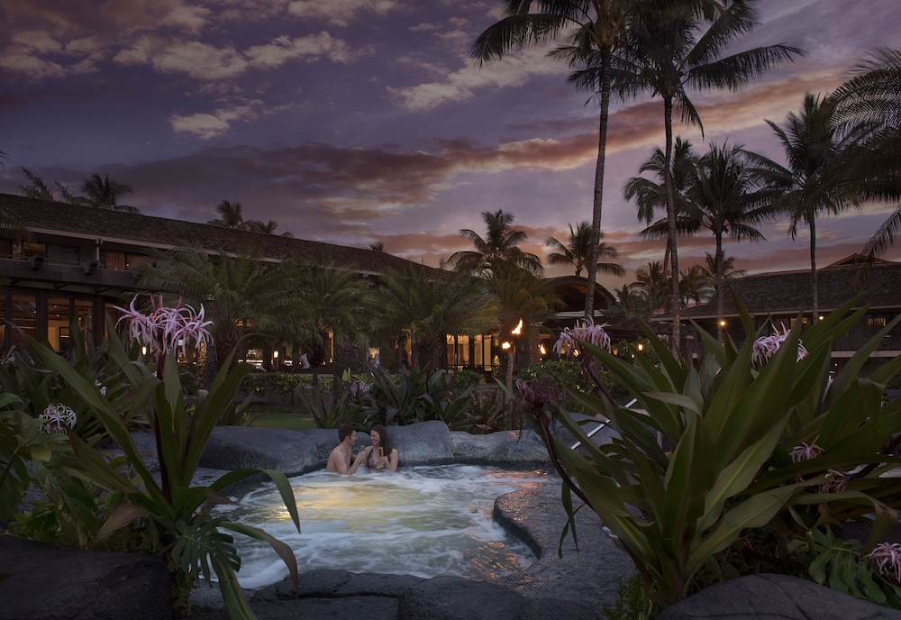 Outdoor Spa Tub, Koa Kea Hotel & Resort