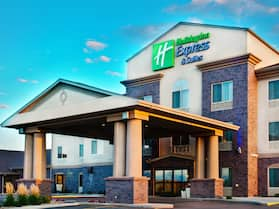 Holiday Inn Express & Suites Sheldon, an IHG Hotel