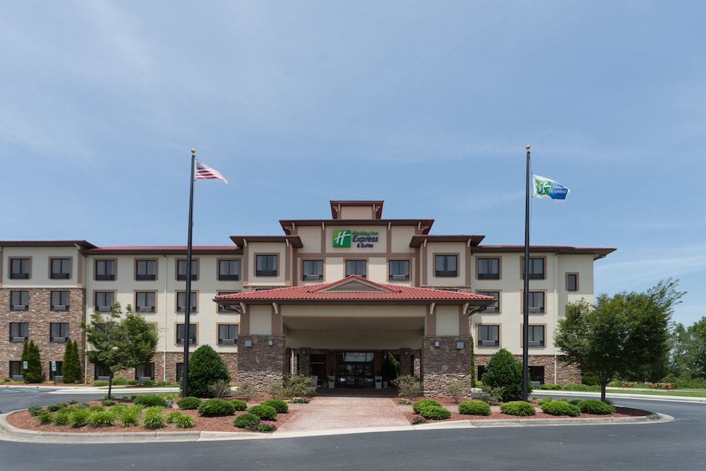 Exterior, Holiday Inn Express Hotel & Suites Lexington NW-The Vineyard, an IHG Hotel