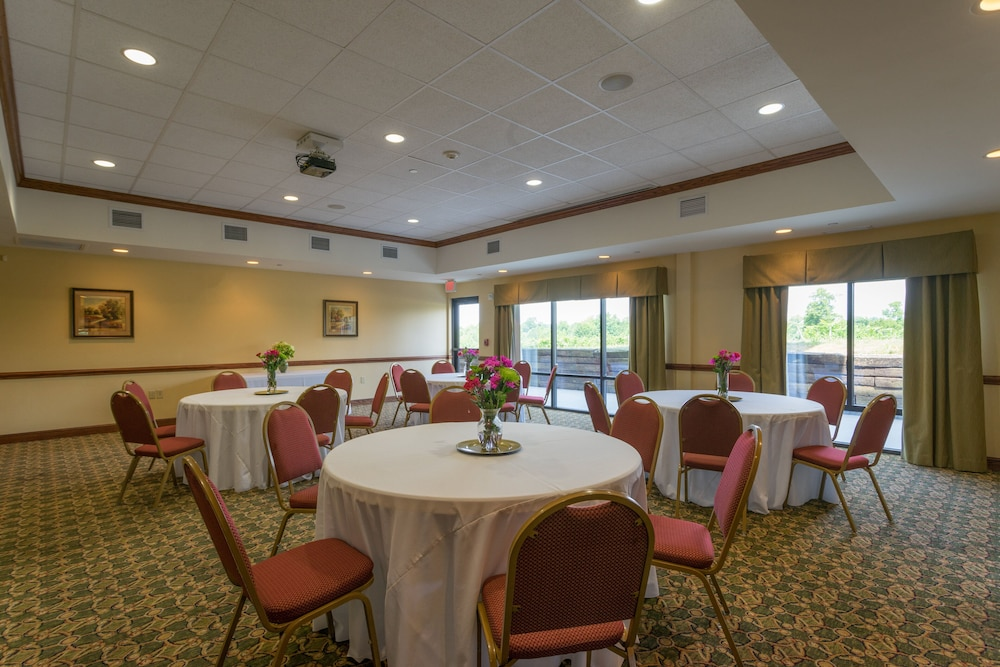 Meeting Facility, Holiday Inn Express Hotel & Suites Lexington NW-The Vineyard, an IHG Hotel